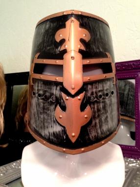 Рыцарский шлем 001