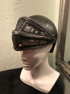 Рыцарский шлем 002